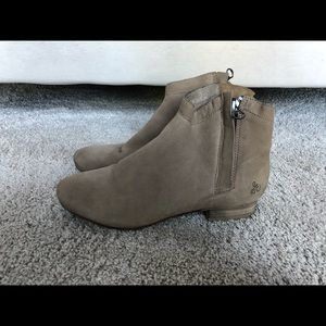 SAM EDELMAN TAUPE BOOTIES SIZE 7